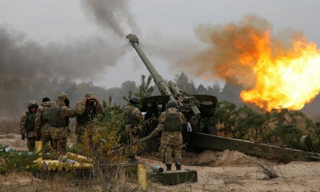 Донбасс продолжает пылать в огне, Украина теряет своих героев