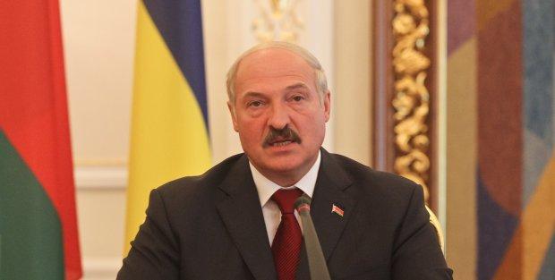 Против США не попрешь: Лукашенко угодил американцам, признал Крым украинским и наплевал на мнение Путина