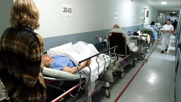 Опасная эпидемия яро косит украинцев, врачи не справляются: Минздрав озвучил грустную статистику