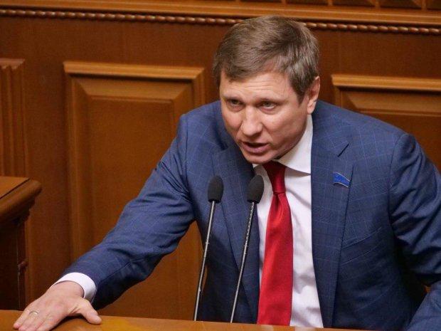 Шахов объяснил последствия импорта в Украину российских химудобрений