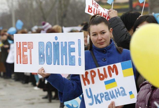 «Повесить всех»: крымчане внезапно прозрели и просятся в Украину, назревает что-то страшное