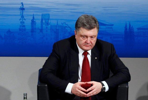 Украинцы припомнили Порошенко «жизнь по-новому», в сети показали все «достижения» гаранта: «на такое способны только нелюди»