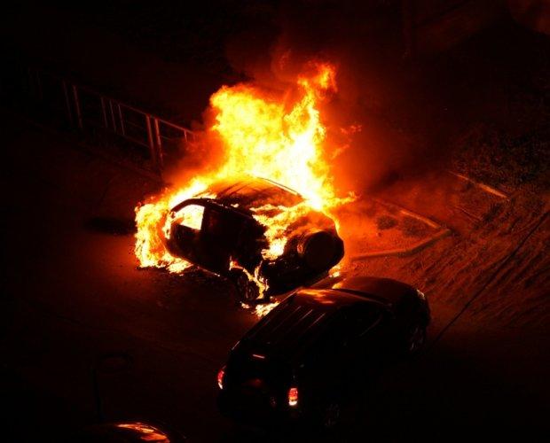 Прокурору Харьковской области сожгли машину! Пугают?