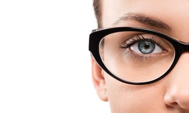 Врачи назвали продукты, которые ухудшают зрение