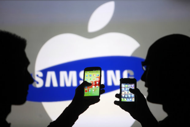 Не «сложилось»: новинка от Samsung за 2 тысячи долларов сломалась прямо на глазах, «прошел всего день»