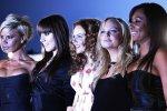"""Солистка Spice Girls потеряла зрение и госпитализирована после неудачной операции: """"я ничего не вижу"""""""