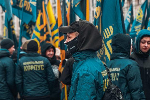 Главное за день пятницы: развал Крымского моста, подготовка к новому Майдану, неожиданное признание Кравчука и разгром боевиков на Донбассе