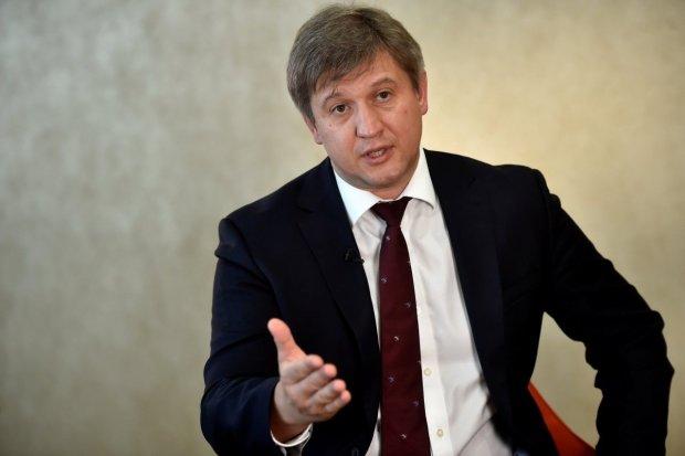 Советник Зеленского раскрыл планы новоизбранного президента: набирает министров и замов