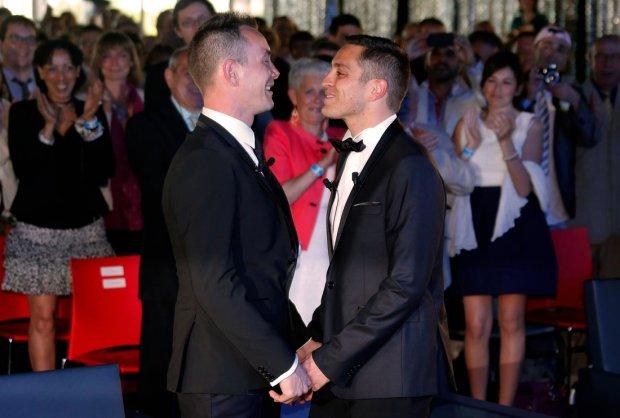 Однополые браки теперь официально разрешили: в мире станет больше представителей ЛГБТ