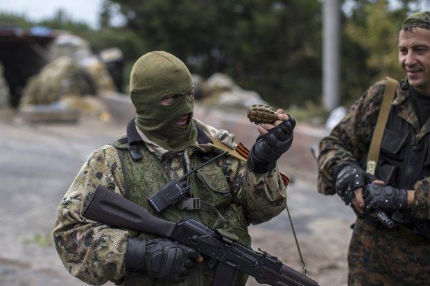 Террористы судорожно наращивают технику на Донбассе: ситуация крайне напряженная, Кремль готовит что-то страшное