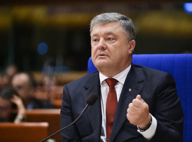 Петр Порошенко подписал закон о «Евробляхах»