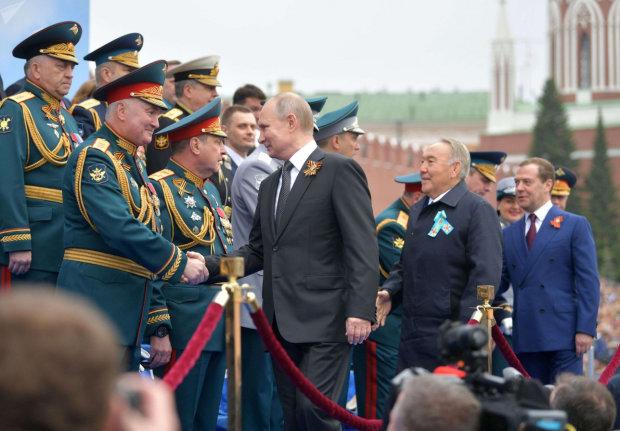 Природа предупредила Путина о скором конце: затопило Кремль и Красную площадь, падение России не за горами