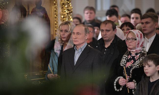 Путин нещадно оконфузился прямо в церкви, даже россиян стошнило: «Лицемерие мерзкое. Злодеяния свои прячет за лжеверу»