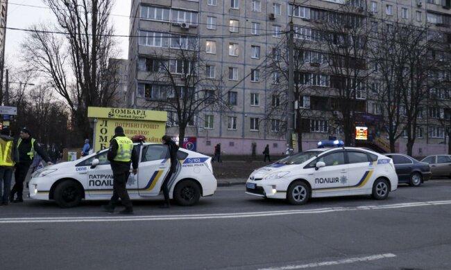 В Киеве грузовик переехал пожилую женщину: детали смертельной аварии