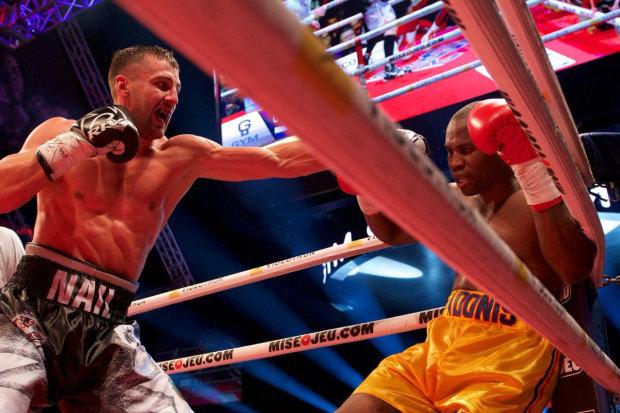 «Дай Бог, чтобы с ним все было хорошо» — украинский чемпион Гвоздик молится за соперника, сражающегося за свою жизнь