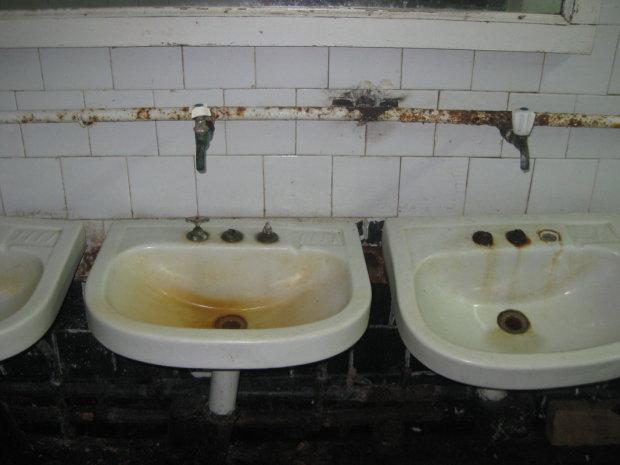 Министра Омеляна отправят в самое «грязное и вонючее» место в Николаеве