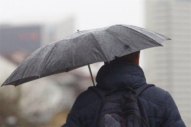 В Украину идет потепление с дождями и мокрым снегом
