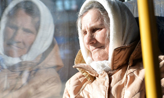 «Я больше сплю, чтобы сэкономить на еде»: пенсионеры погибают с голоду, власть бездействует, это просто край