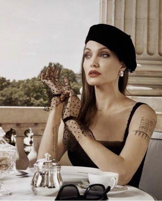 """Image result for Джоли удивила необычной фотосессией: """"Настоящий с*кс"""""""
