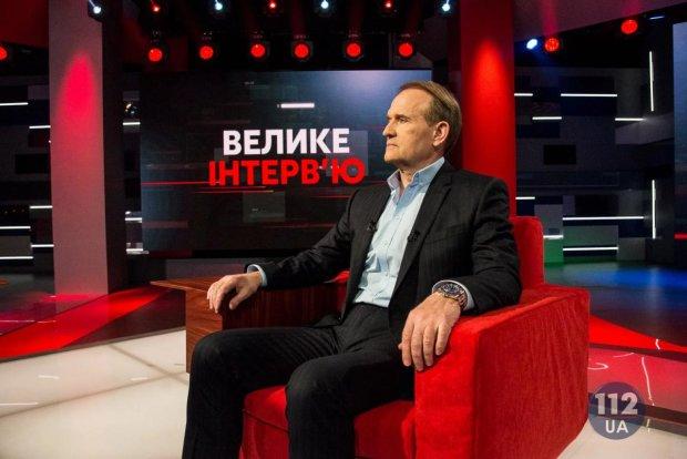 Ближневосточное информагентство рассказало, о том, как власть в Украине пыталась заблокировать работу каналов NewsOne и «112-Украина»