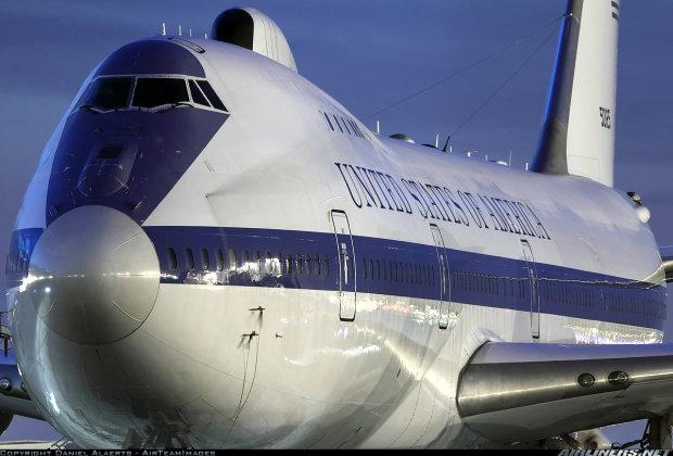 Самолет «судного дня»: как выглядит эта махина и что скрывается внутри
