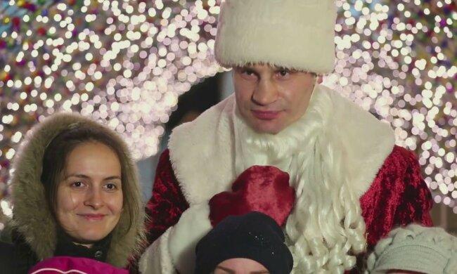 Кличко решил порадовать украинцев к Новому Году: курьезное видео