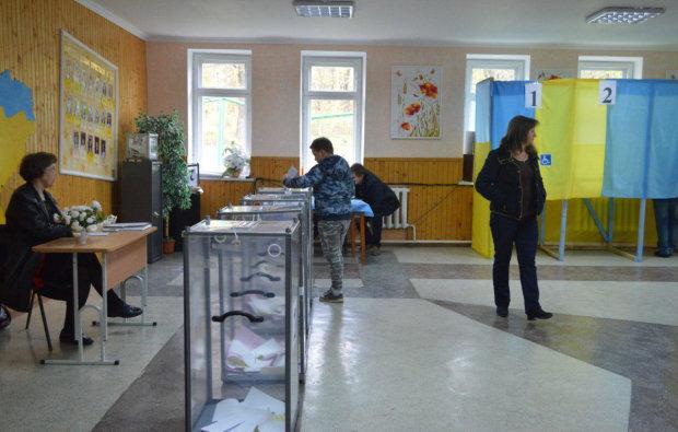 Попытка срыва выборов не смогла остановить украинцев: шли на участки, несмотря на «заминированный» центр города