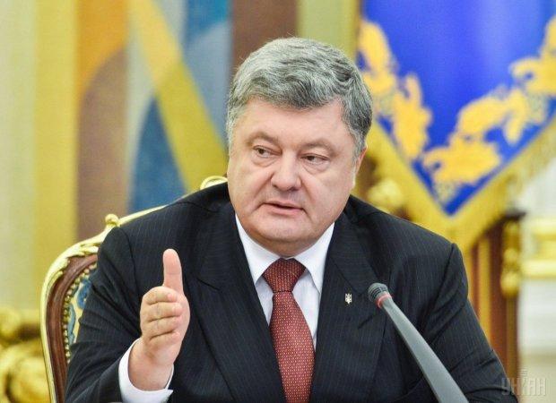 """Порошенко избавился от верного помощника, в правительстве новая отставка: """"слишком много знает"""""""