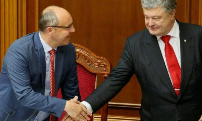 """Парубий сделал экстренное заявление по Порошенко: """"Зря стараетесь"""""""