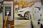 В Украине начались продажи новой модели электромобиля Chery. Фото: скриншот YouTube