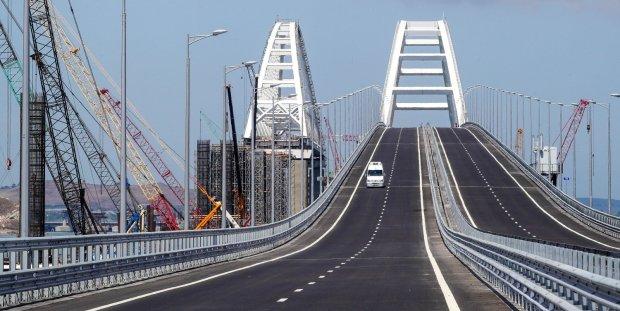 Новый запрет оккупантов раскрыл правду про Крымский мост: «чтобы не рухнул»