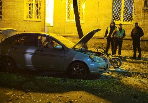 После взрыва Мосийчука отвезли в частную клинику на «Лексусе», раненые остались на улице