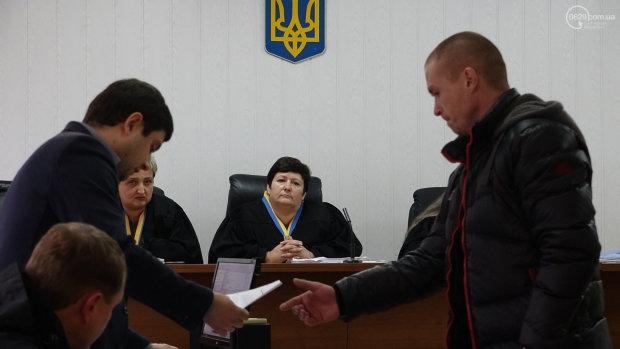 Чемодан, вокзал, Россия: украинский судья оказался фанатом «русского мира», этого ему не простят