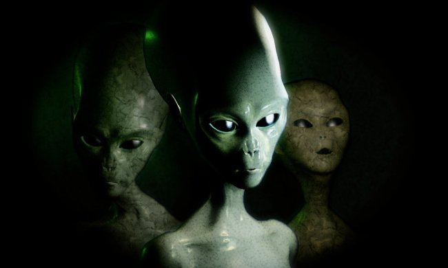 Под египетскими пирамидами обнаружена база пришельцев: раскрыт главный секрет тысячелетия