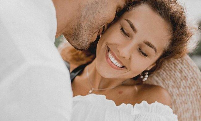 """Невеста """"Холостяка"""" Никиты Добрынина Дарья Квиткова выложила откровенное фото с отдыха: """"Глазами мужа"""""""