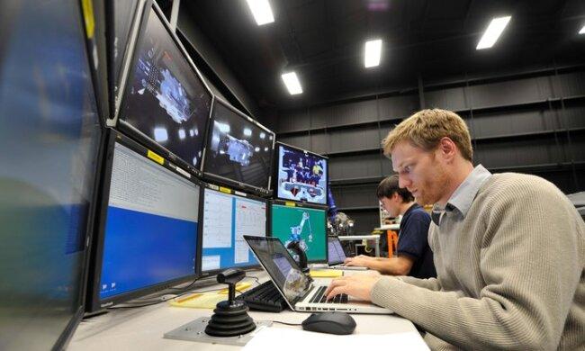 Ученые бьют тревогу: NASA передало тревожное сообщение человечеству о Нибиру и конце света. К такому не был готов никто