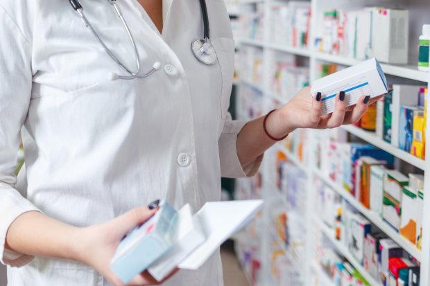 Украинцев лишат жизненно важных лекарств: «только по бумажкам», детали печальных нововведений, как такое терпеть?