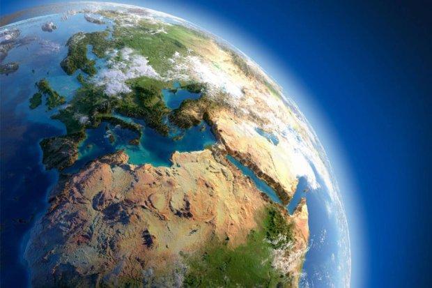Ученые сделали неутешительный прогноз: землянам скоро опять придется жить на одном континенте