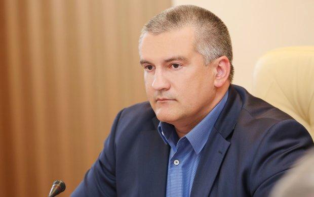 В сети подняли на смех нахлебника Аксенова из-за Крыма: Сережа молодец!