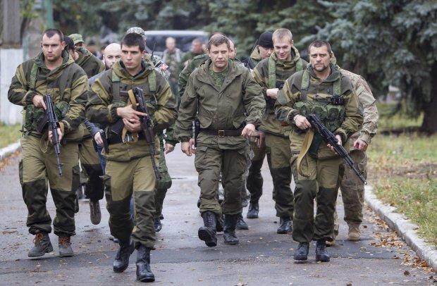 В сети показали, что творят путинские имбецилы в Донецке: Пока «холопы» спят, «защитники» времени не теряют