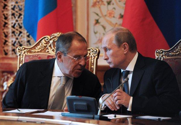 Лаврова трусит, в Кремле вопят от страха. В Украину идут британские военные, что происходит