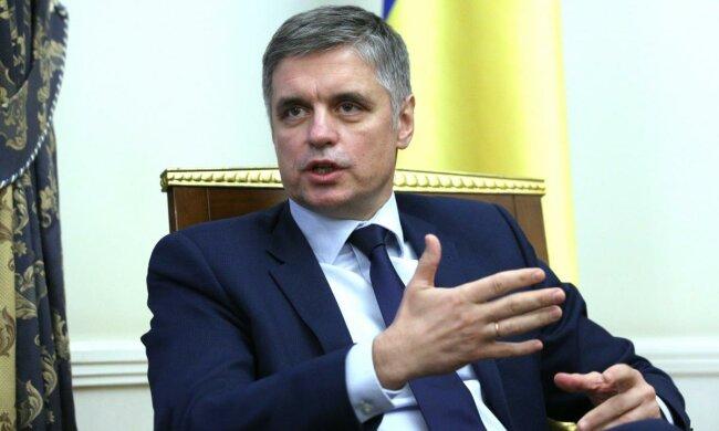 Пристайко созвал срочную пресс-конференцию: что известно о крушении самолета МАУ в Тегеране