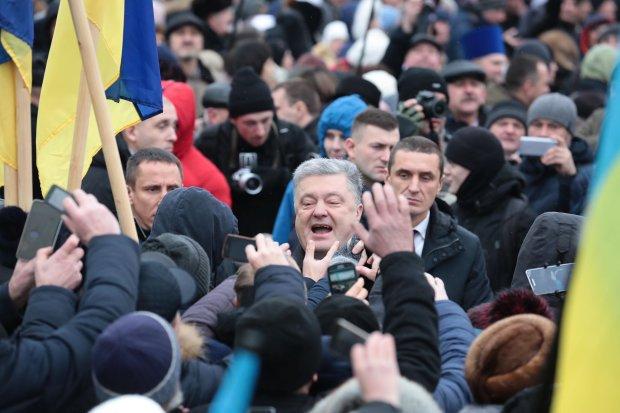 Вся Украина гудит о жалком бегстве Порошенко: всплыли реальные фото: «ни смелости, ни совести»