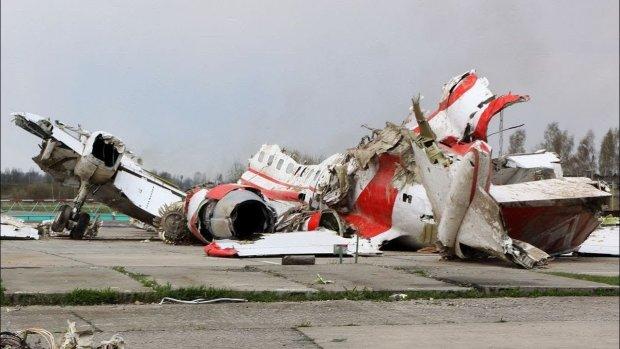 Самолет упал прямо на жилой дом: количество жeртв неумолимо растет, повсюду стоны и плачь, детали трагедии
