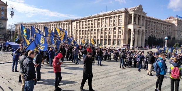 «Нацкорпус» готовит новый Майдан: названа дата, под Порошенко затряслась земля, украинцы не станут терпеть