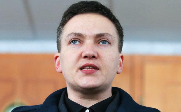 «Порошенко – полное гнил*е, жадное ч*о, которое возомнило себя богом, а Тимошенко… «: Савченко открыла рот, стошнило всю Украину