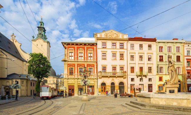 Археологи обнаружили древние сооружения прямо в центре Львова – исторически ценная находка