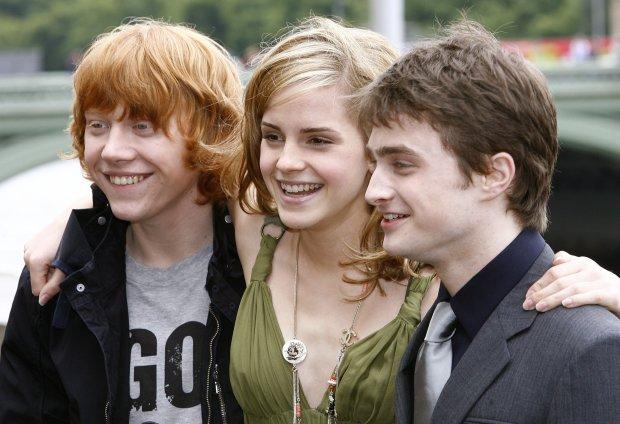 """В сети показали, как изменились актеры """"Гарри Поттера"""": от таких фото волосы дыбом"""
