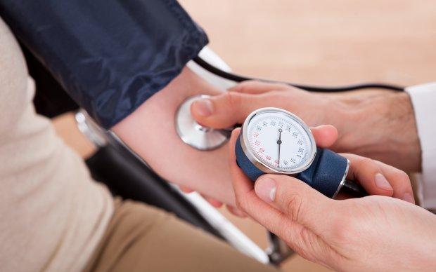 Медики назвали напиток, понижающий давление