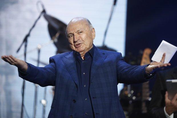 Жванецкий одумался и нещадно втоптал Путина в грязь, кремлевский карлик уже точит нож: «Россияне с радостью будут голодать, но строить ракеты. Мне больно это видеть»